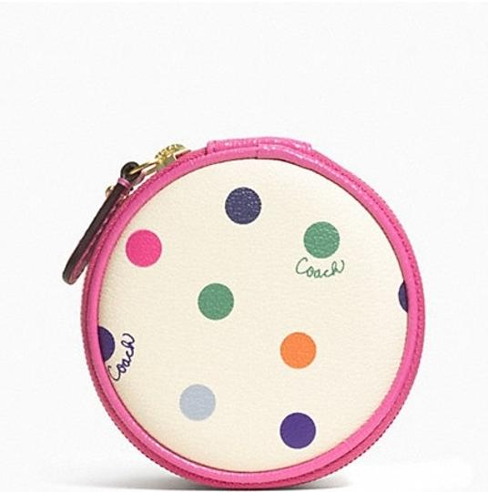 Coach $49.50 Peyton Clover Mini