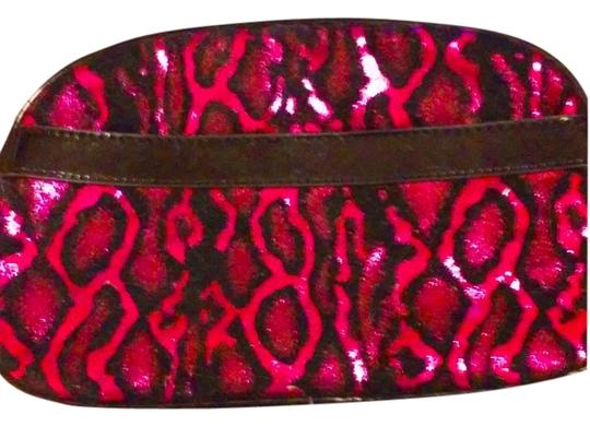 Betsey Johnson Betsey Johnson Fuschia Cosmetic Bag