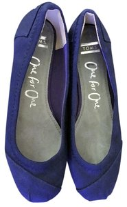 TOMS Canvas Ballet Never Worn Blue Flats