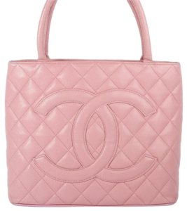 Chanel Medallion Pink Rose Tote in Rose/Pink