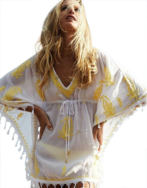 Item - White/Yellow Short V-neck Embroidered Kaftan with Drawstring Waist Cover-up/Sarong Size OS (one size)