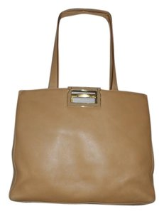 Salvatore Ferragamo Italy Leather Cluch Tote in Camel/Tan
