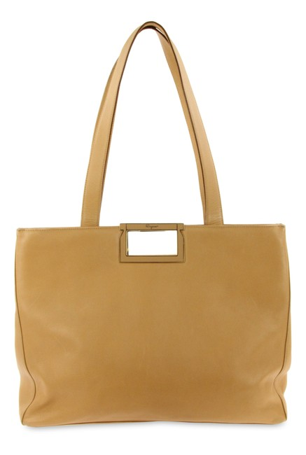 Item - East-west Brown Leather Tote