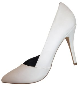 ALDO Nwt High Heel Winter White Pumps