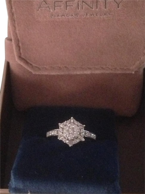 Item - Silver and Diamond Sterling Ring