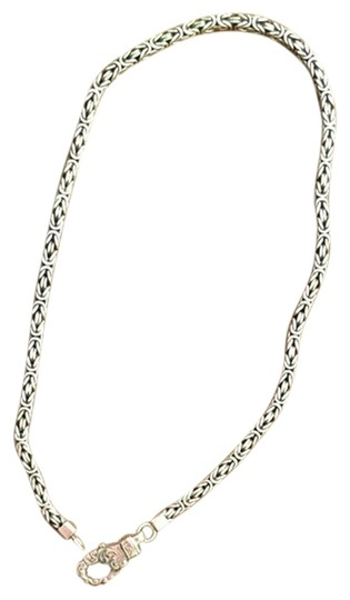 Preload https://item4.tradesy.com/images/unknown-sterling-silver-braided-box-chain-with-engraved-design-on-lobster-claw-closure-1762323-0-0.jpg?width=440&height=440