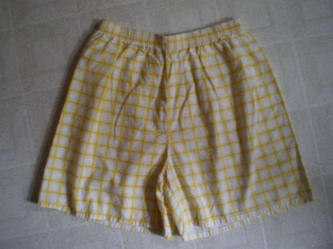 Basic Editions Shorts yellow & white