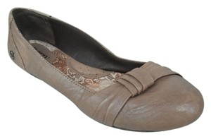 Brn Leather Flat Comfortable Beige Flats