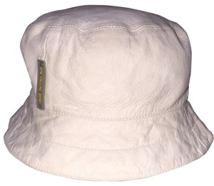 Louis Vuitton DOUBLE LISTED Louis Vuitton White Leather Hat Bucket