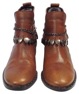 Freda Salvador Luggage/Brown Boots