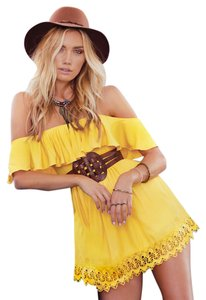 0793c7fe3fc5 Elan short dress Yellow on Tradesy