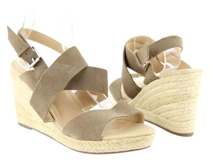 Dolce Vita Taupe Wedges