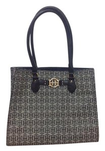 Tommy Hilfiger Tote in Black/gray