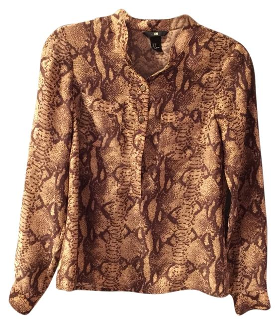Preload https://item1.tradesy.com/images/h-and-m-gold-snakeskin-print-button-blouse-size-2-xs-1763135-0-0.jpg?width=400&height=650