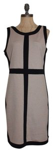 Romeo & Juliet Couture Stretchy Color Block Dress
