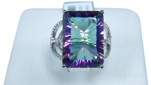 9.2.5 Sterling Silver Appealing Emerald Cut Mystic quartz Ring
