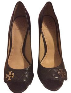 Tory Burch Quited black Wedges