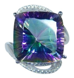 9.2.5 Sterling Silver. Classy CUSHION shape Mystic quartz Ring