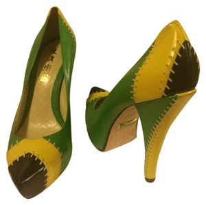 L.A.M.B. Hidden Platform Pumps L.a.m.b Green Platforms