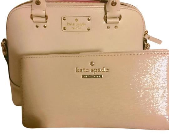 Preload https://img-static.tradesy.com/item/17635162/kate-spade-beige-wallet-0-1-540-540.jpg