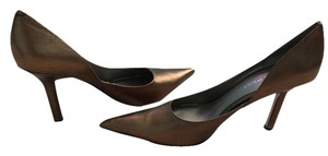 Nine West Gold/bronze Pumps