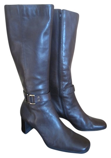 Preload https://item2.tradesy.com/images/bandolino-chocolate-brown-boots-1763646-0-0.jpg?width=440&height=440