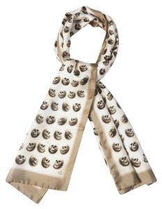Alexander McQueen NEW ALEXANDER MCQUEEN 100% Silk Gold scarf Skull print Made in Italy, Free Ship