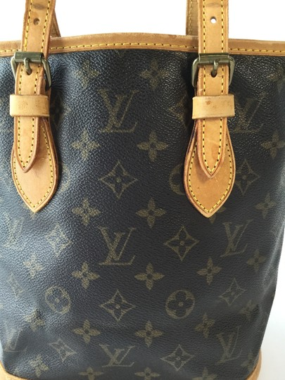 Louis Vuitton Leather Tote in Monogram