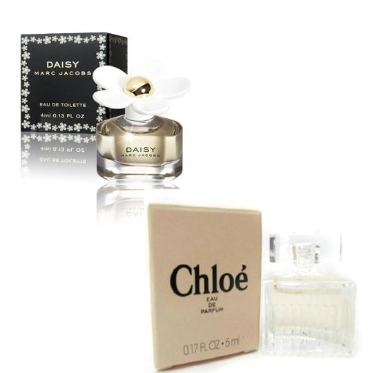 Preload https://item2.tradesy.com/images/marc-jacobs-new-daisy-and-chloe-mini-set4ml-013oz-women-eau-de-toilette-perfume-fragrance-176401-0-0.jpg?width=440&height=440