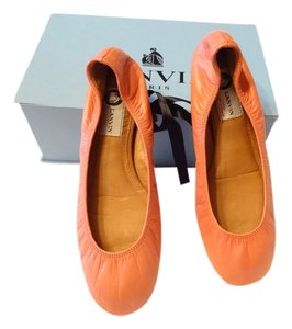Lanvin Highly Sought After Great Color Padded Leather Interior Coral Flats