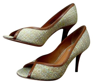 Carlos by Carlos Santana Peep Toe Tweed Fabric Career green Pumps