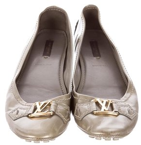Louis Vuitton Mettalic Lv Hardware Logo Round Toe Silver, Gold, Grey Flats