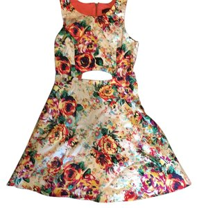 Material Girl short dress Floral on Tradesy