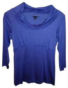 Banana Republic T Shirt blue