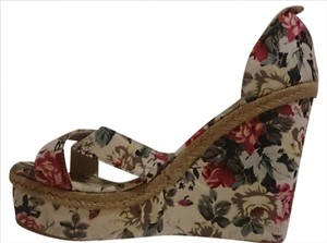 StreetWear Society Womens Sz 8.5 Sandal Cotton floral Wedges