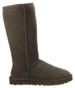 UGG Australia Sheepksin Leather Chocolate Brown Boots