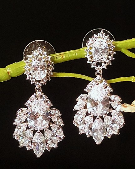 Rhodium Plated Exquisite Marquise Cubic Zirconia Pierced White Gold Earrings Image 1