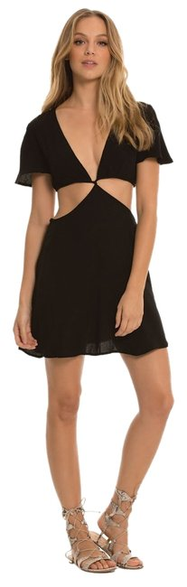 Preload https://img-static.tradesy.com/item/17646271/elan-black-sleeve-with-cut-out-above-knee-short-casual-dress-size-8-m-0-1-650-650.jpg