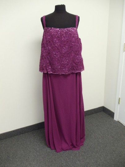 Karen Millen Cherry Pink Chiffon & Lace 96540 Traditional Bridesmaid/Mob Dress Size 24 (Plus 2x) Image 10
