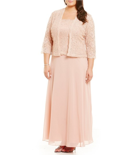 Karen Millen Cherry Pink Chiffon & Lace 96540 Traditional Bridesmaid/Mob Dress Size 24 (Plus 2x) Image 2