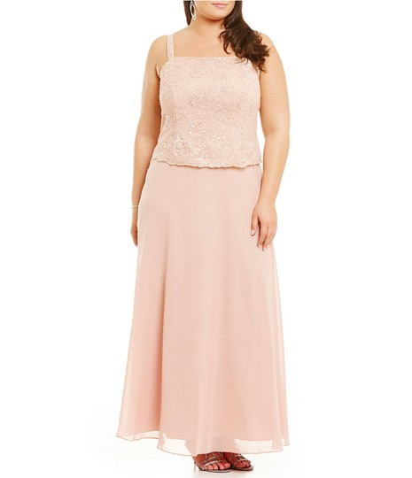 Karen Millen Cherry Pink Chiffon & Lace 96540 Traditional Bridesmaid/Mob Dress Size 24 (Plus 2x) Image 4