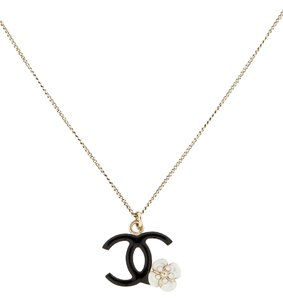 Chanel Chanel Necklace Pendant CC Logo Flower Camellia Enamel Black White Ivory Gold Hardware GHW Bag 08A Italy Charm Chain
