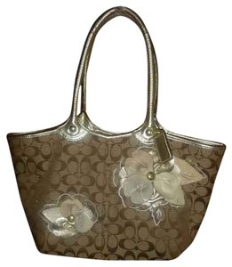 Coach F16276 Bleeker Floral Flower Satchel in beige