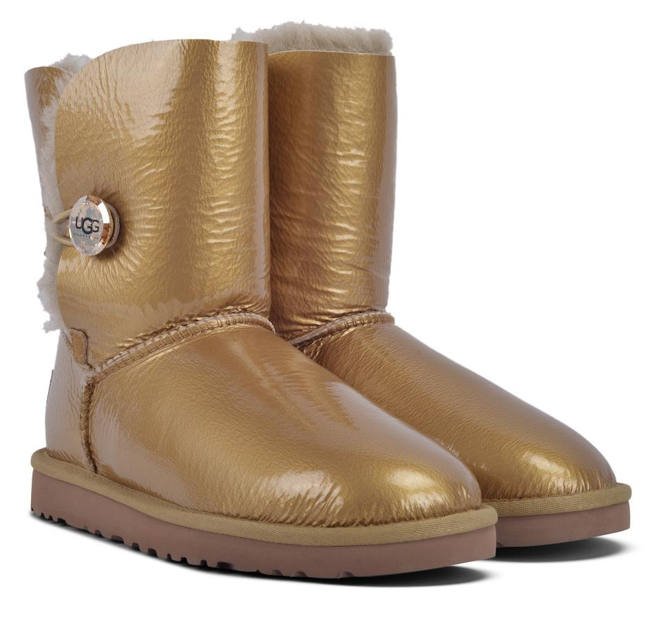 8c1e6ef6960 UGG Australia Box In Bailey Button Mirage Sheepskin Gold Women Very Rare  Boots/Booties Size US 8