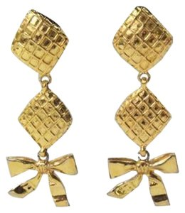 Chanel Gold Bow Dangle Earrings Vintage 1970's