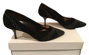 Ellen Tracy Covered Silver Grommets Black suede Pumps