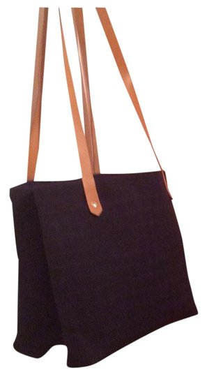 Preload https://item3.tradesy.com/images/hermes-2-compartment-tote-bag-1765317-0-1.jpg?width=440&height=440