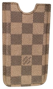 Louis Vuitton Authentic Louis Vuitton Damier iPhone 5 / 5S case
