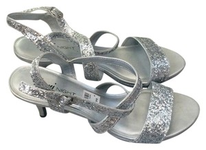 Fioni Silver with glitter Formal