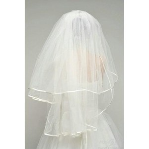 Ivory Medium Two Tier with Ribbon Edge Bridal Veil
